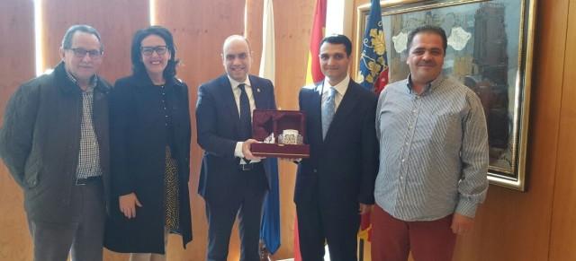 Visita al alcalde Gabriel Echávarri