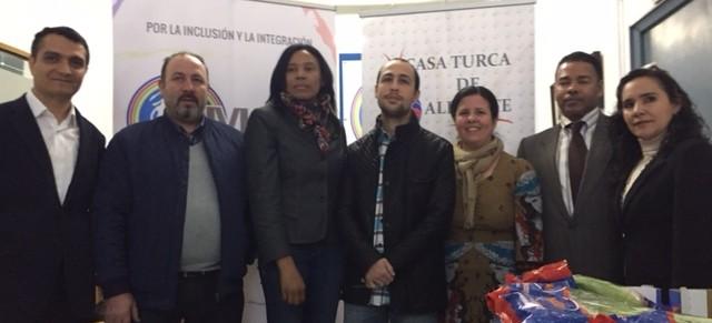 Casa Turca de Alicante y el EMIDI colaboran en un encuentro humanitario